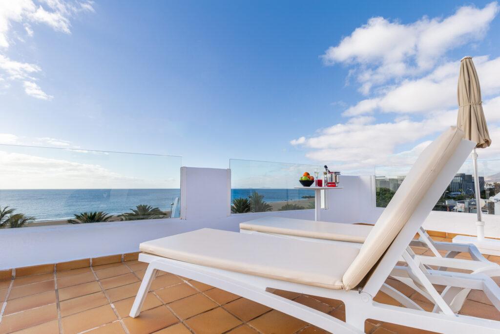 R2 Bahía Kontiki balcony